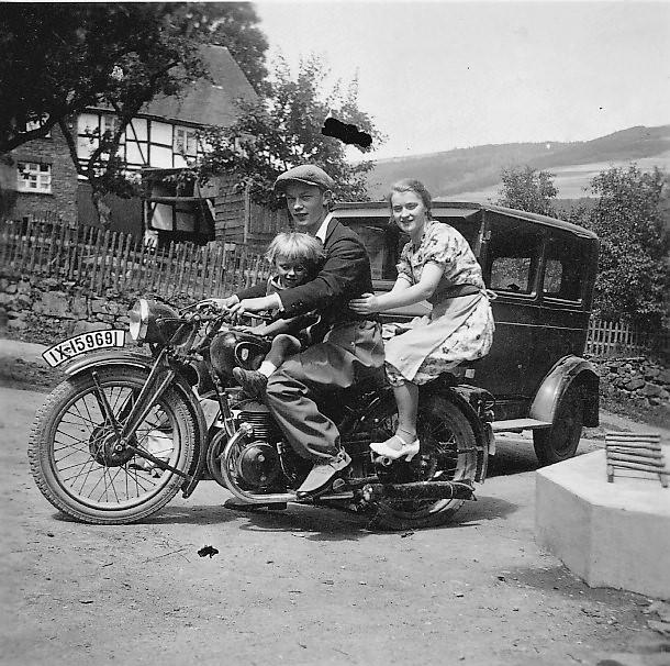 1935 Motorradfahrt